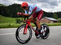 Reto Hollenstein gewinnt an den Schweizer Zeitfahr-Meisterschaften mit knapp einer Minute Rückstand die Bronzemedaille (Bild: KEYSTONE/GIAN EHRENZELLER)