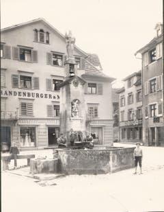 Der Jakobsbrunnen, Ausgangsort des Jakobswegs nach Santiago de Compostela.