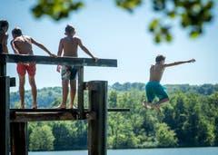 Hüttwilen TG - Hitze im Thurgau: Das Strandbad in Hüttwilen ist gut besucht.