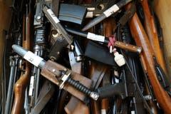 Am Samstag konnten Waffen bei der Zuger Polizei entsorgt werden. (Bild: Zuger Polizei, Zug, 29. Juni 2019)