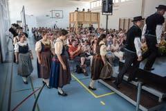 Der Jodlerklub Heimelig in Baar vor seinem Auftritt. (Bild: Dominik Wunderli, Horw, 29. Juni 2019)