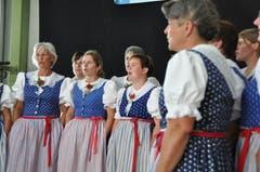 Erfrischender Gesang durch das Singchörli Laad. (Bild: Sabine Camedda)