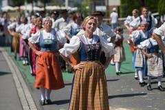 Impressionen vom Festumzug - die Trachtengruppe Horw. (Bild: Boris Bürgisser)