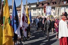Bundesrat Ignazio Cassis beim Einmarsch in die Altstadt von Sempach. (Bild: Urs Flüeler, Sempach, 30. Juni 2019)