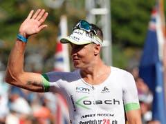 Philipp Koutny überzeugt in der EM-Hitzeschlacht von Frankfurt als Fünfter und qualifiziert sich zum zweiten Mal und in Folge für das Profifeld der Ironman-WM auf Hawaii (Bild: KEYSTONE/FRE 132414 AP/MARCO GARCIA)