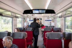 Die Fernverkehrszüge verfügen über 359 Sitzplätze, davon 68 Plätze in der 1. Klasse. Alle Sitzplätze sind mit Steckdosen ausgerüstet.
