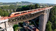 Der neue Traverso auf der Sitterbrücke in St.Gallen. (Bild: Ralph Ribi)