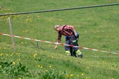 Zwei weitere mit den Arbeiten beschäftigte Personen wurden erheblich, eine Person mittelschwer verletzt, wie die Polizei weiter mitteilt. (Bild: Urs Flüeler/Keystone, Engelberg, 5. Juni 2019)