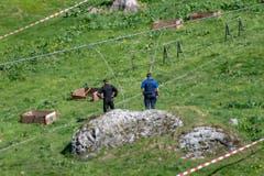 Die Ermittlungen zum Unfallhergang und zur Unfallursache begannen noch vor Ort. (Bild: Urs Flüeler/Keystone, Engelberg, 5. Juni 2019)