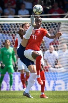 Denis Zakaria (Mittelfeld): Kommt in der 61. Minute für Fernandes. Zakaria verleiht dem Mittelfeld Stabilität, mehr Robustheit und unterstützt Xhaka. Spielerisch kann er indes nur wenige Akzente setzen. Note: 4.