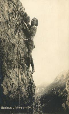 Eine Bergsteigerin am Nordostaufstieg am Öhrli, um 1920. (Bild: Fritz Zwissler, Appenzell/Landesarchiv AI)