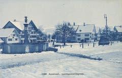 Der Landsgemeindeplatz in Appenzell mit dem früheren Brunnen. (Bild: Landesarchiv AI)