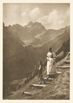 Abstieg beim Aescher. (Bild: Clemens Schildknecht, St.Gallen/Landesarchiv AI)