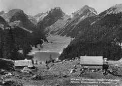 Die Alp Soll mit dem Sämtisersee. (Bild: Foto Gross, St.Gallen/Landesarchiv AI)