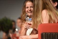 Impressionen von der Feier der Kaufmännischen Berufsschule Schwyz im Mythenforum in Schwyz. (Bild: Natalie Ehrenzweig, Schwyz, 28. Juni 2019)