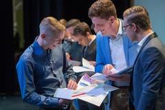 Impressionen der Abschlussfeier der gewerblichen Berufe. (Bild: Boris Bürgisser, Le Theatre Emmen, 4. Juli 2019)