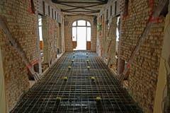 Bild vom Bauablauf. Gut sichtbare historische Bausubstanz mit den alten Stahlträgern im ehemaligen Hotel Europäischer Hof. (Bild:PD)