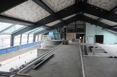 Der Spa- und Wellness Bereich im Dachstock. Links entsteht der Infinity Pool. (Bild: Philipp Unterschütz, Engelberg, 9. Juli 2019)