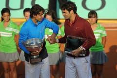 2011: Final Roland Garros: Nadal s. Federer 7:5, 7:6 (7:3), 5:7, 6:1Federer bezwingt im Halbfinal Novak Djokovic und beendet damit dessen Serie von 42 Siegen in Folge zum Start in die Saison 2011. Im vierten Paris-Final gegen Nadal führt er im Startsatz 5:2, vergibt einen Satzball und verliert mit 5:7, 6:7 (3:7), 7:5, 1:6. Für Nadal ist es der sechste Titel. Federer: «Rafa hat ein grossartiges Turnier gespielt und verdient gewonnen. Für mich war es ebenfalls ein super Turnier, natürlich hätte ich gerne gewonnen, aber Rafa auf Sand, das ist eine Klasse für sich.» Mit seinem sechsten Paris-Sieg zieht Nadal auch mit dem Schweden Björn Borg gleich.