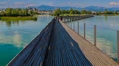 Die Holzbrücke von Hurden nach Rapperswil. (Bild: Renato Maciariello)