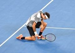 Australian Open 2017: Federer s. Nadal 6:4, 3:6, 6:1, 3:6, 6:3Es ist eine der grössten Comeback-Geschichten im Sport. Nach halbjähriger Absenz kehrt Federer als Nummer 17 der Welt zurück - und überrascht alle. Er bezwingt Nishikori, Wawrinka und Erzrivale Nadal in fünf Sätzen und beendet eine fünfjährige Durststrecke. «Es ist fantastisch», so Federer.