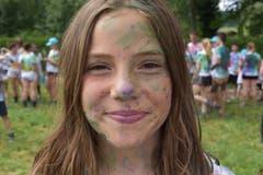 Farbige Gesichter nach der Farbschlacht. (Lagerbild: Blauring Brunnen, 14. Juli 2019)
