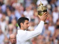Novak Djokovic näherte sich mit seinem 16. Grand-Slam-Titel bis auf vier Major-Siege an Roger Federer (Bild: KEYSTONE/AP POOL Getty/LAURENCE GRIFFITHS)
