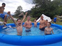 Poolparty bei der Jungwacht Riffig Emmenbrücke.Lagerbild: Jungwacht Riffig Emmenbrücke (Tamins, 11. Juli 2019)
