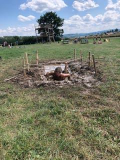 Dieser Schlamm-Parcours macht seinem Namen alle Ehre. Lagerbild: Jungwacht Wolhusen (Dinhard, 14. Juli 2019)