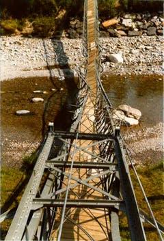 GanggelistegUmgekippter Pylon, auf Brücke liegend. (Bild: PD/Gemeindearchiv Bussnang)