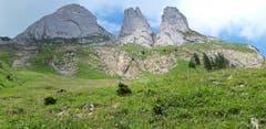 Die drei Zinnen im Alpstein, aufgenommen unterhalb der Bogartenlücke in Richtung Rheintaler Sämtis. (Bild: Klaus Businger)