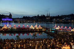 Das Festival erfreute sich am ersten Tag einem grossen Ansturm. (Bild: Alexandra Wey/Keystone, Luzern, 19. Juli 2019)