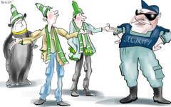 Bierschmuggel. Heute startet der FC St.Gallen gegen den FC Luzern in die neue Saison. Ein Wermutstropfen für Fans: Der Becher Bier kostet neu sechs Franken. Wer sich dann noch eine Bratwurst gönnt, gibt ein schönes Sümmchen aus. Nicht verwunderlich also, wenn Fans bald versuchen, Bier statt Petarden in den Kybunpark zu schmuggeln. (Illustration: Corinne Bromundt - 20. Juli 2019)