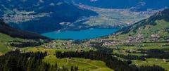 Wunderbarer Blick vom Steiner Gulmen auf den Walensee und Amden. (Bild: Renato Maciariello)
