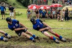 Impressionen von der U19-Schweizer-Meisterschaft im Seilziehen. Im Bild sind die Ebersecker. (Bild: Nadia Schärli, Engelberg, 20. Juli 2019)