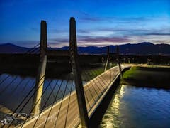 Luftaufnahme von der neuen Rheinbrücke in Diepoldsau. (Bild: Rouven Baldamus)