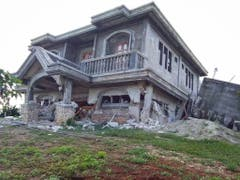 Auch massiv gebaute Häuser hielten der Naturgewalt nicht stand. (Bild: KEYSTONE/EPA PROVINCIAL GOVERNMENT OF BATANES)