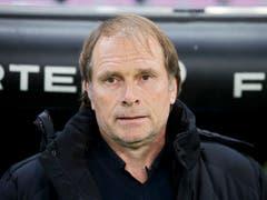 Mit Trainer Alain Geiger hielt auch der Erfolg in Genf Einzug (Bild: KEYSTONE/SALVATORE DI NOLFI)