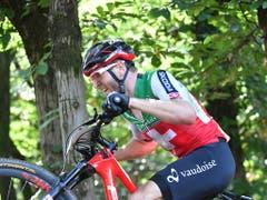 Bei den Männern komplettiert Florian Vogel als Zweiter hinter Mathieu van der Poel seinen EM-Medaillensatz (Bild: KEYSTONE/EPA PAP/BARTLOMIEJ ZBOROWSKI)