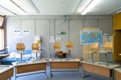In mehrere bestehende Schulzimmer mussten erdbebensichere Wände eingezogen werden.