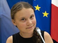 Eine gefragte junge Frau: Die schwedische Umweltaktivistin Greta Thunberg findet auch in der Musikbranche Gehör - und ist etwa auf der neuen Single der britischen Indie-Rockband The 1975 vertreten. (Bild: Keystone/EPA/IAN LANGSDON)