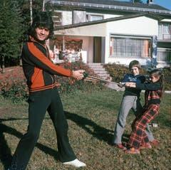 Cordalis hatte drei Kinder: Hier sind Lucas im Alter von neun und Eva im Alter von sieben Jahren zu sehen. (Bild: KEYSTONE/DPA/Istvan Bajzat)