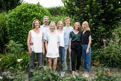 Die siebenköpfige Familie Odermatt aus Emmenbrücke: Von links die Eltern, die ältere Schwester Jolein und die Vierlinge. (Bild Manuela Jans-Koch, Emmenbrücke 11. Juli 2019)