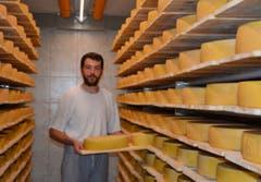 Leonard Steigenberger ist gelernter Käser aus Bayern. (Bild: Christian Tschümperlin, Sittlisalp, 23. Juli 2019)