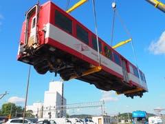 Gleiches geschah mit zwei Waggons der Matterhorn-Gotthard-Bahn.