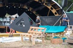 Impressionen der Aufbauarbeiten des Waldstock Open Air Spektakels. (Bild: Maria Schmid, Steinhausen, 26. Juli 2019)