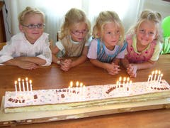 Die Vierlinge an ihrem fünften Geburtstag.