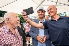Ein Selfie mit dem Gesundheitsvorsteher Alain Berset. (Bild: Christian H. Hildebrand, Stans, 5. Juli 2019)