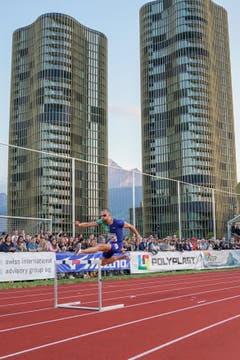 0Kariem Hussein beim 400m Hürden-Rennen der Männer. (Claudio Thoma/freshfocus)