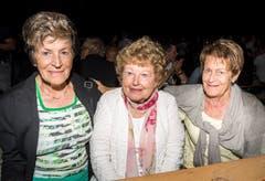 Müllheim TG - Von links nach rechts: Martha Herzog, Nelly Künzler und Margrit Wicki. Impressionen von der Crazy Night in Müllheim. Der TV Müllheim organisiert diese Party seit 25 Jahren. Dieses Jahr mit einem riesen Wasserfall.